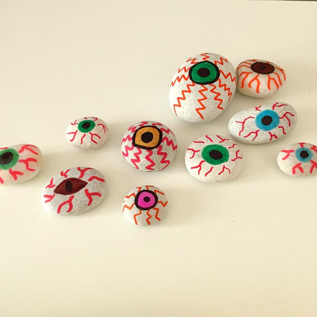 Eyeball rocks