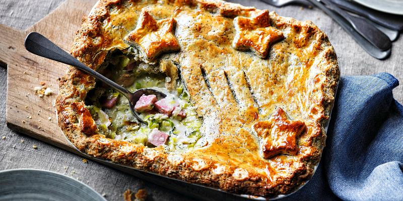 Recipe: Turkey and ham pie with leeks